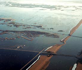 Oblique aerial airphoto illustrating a flooded area