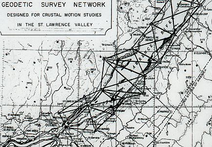 Map of the St-Lawrence with the geodetic survey network in black lines across the St-Lawrence