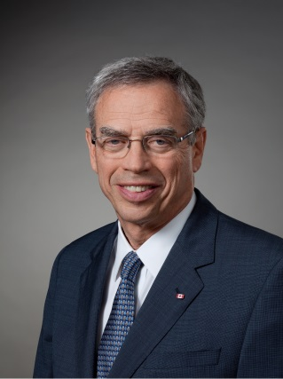 L'honorable Joe Oliver